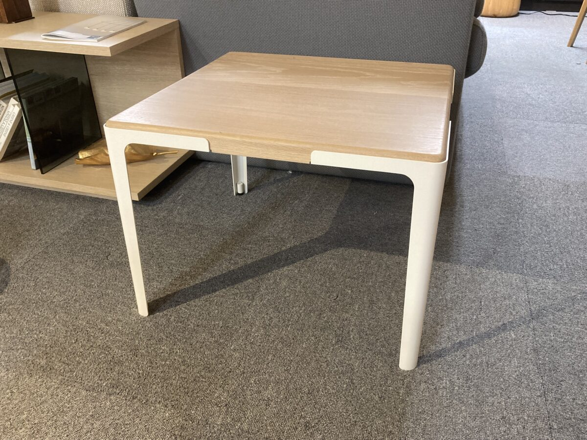 Muletto side table<br />